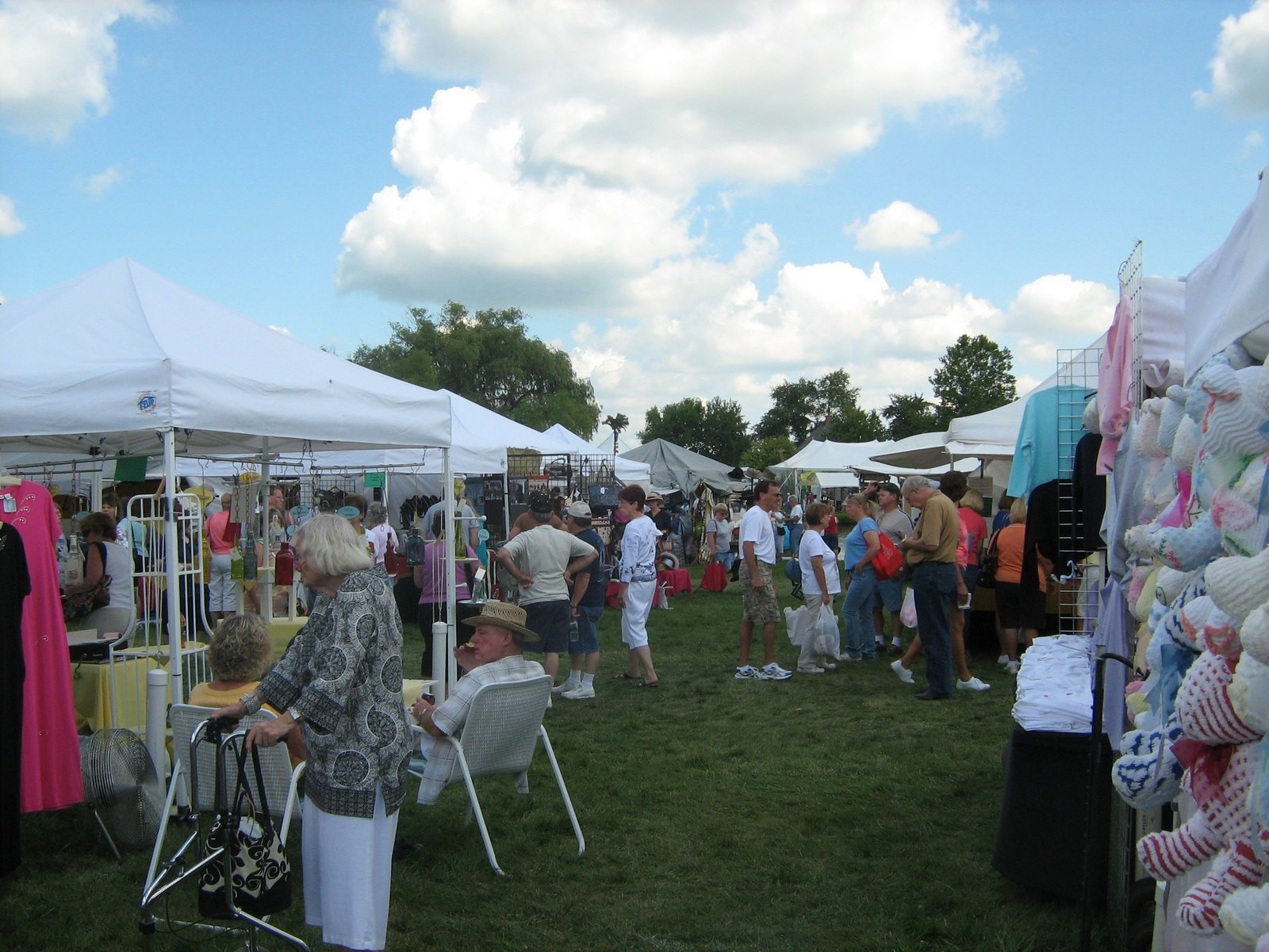 Amish acres arts and crafts fair mademark travel for Arts and crafts festival
